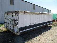 Omaha Truck Bed W/Shur-Lok Roll Tarp