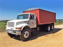 1999 International 4700 T/A Grain Truck