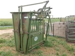 Powder River Manual Cattle Chute