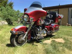 2004 Harley Davidson Electra Glide FLHTCI Motorcycle