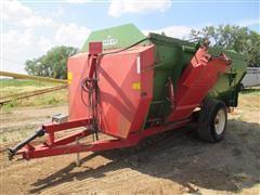 2007 Farm Aid 430 Feeder Wagon