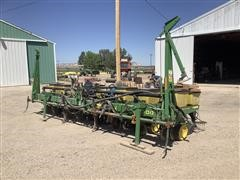 John Deere 7300 MaxEmerge 2 8R30 Planter