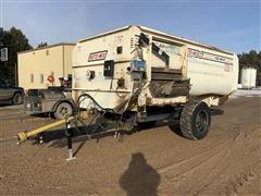 Roto Mix 414-14B Feed Wagon