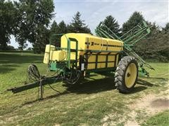 Top Air 1100 Pull-Type Sprayer