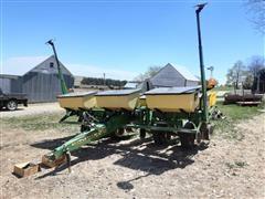 "John Deere 1750 MaxEmergePlus 6R30"" Planter"