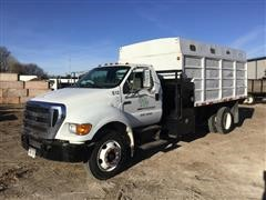 2005 Ford F750XL Super Duty Diesel S/A Dump Truck