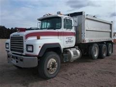1991 Mack 600 RD600 Tri/A Dump Truck