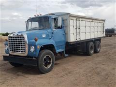 1973 Ford LNT800 T/A Grain Truck