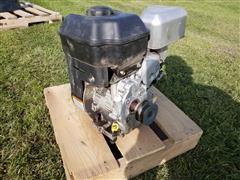 Briggs & Stratton Gas Engine