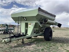 1999 Orthman 796 Grain Cart