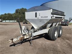 Willmar Super 800 T/A Dry Fertilizer Spreader