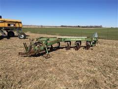 John Deere 2600 Semi Mount Adjustable Plow