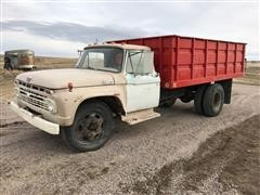 1966 Ford F-602 Grain Truck