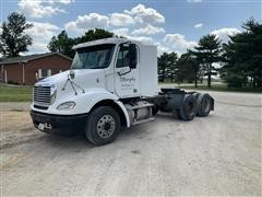 2004 Freightliner Columbia 112 T/A Truck Tractor