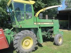 1975 John Deere 5400 Forage Harvester