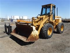 Dresser 510C Articulated Wheel Loader W/Bucket & Forklift Attachment
