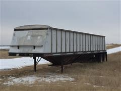 1979 Doonan 42' T/A Grain Trailer