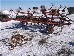 Case IH 45 Pull Type Field Cultivator