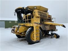 2004 New Holland TR-99 Combine