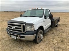2006 Ford F350 Super Duty 4x4 Flatbed Pickup
