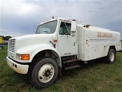 1992 International 4700 4X2 S/A Bulk Oil Tanker Truck