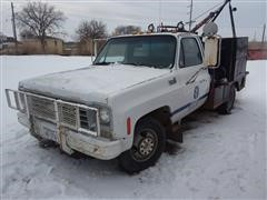 1976 Chevrolet C30 Service Winch Truck