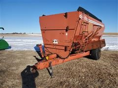 Butler 370 3 Auger Feed Wagon