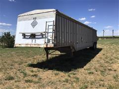 1981 Cornhusker 800-81481-1891 T/A Grain Trailer