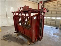 Bowman Hydraulic Squeeze Chute