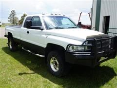 2001 Dodge 2500 4WD Extended Cab Manual Diesel Pickup