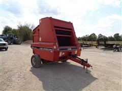 1995 Case International 8465 Round Baler
