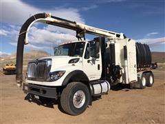 2008 International 7600 SBA T/A Mud Dog Vacuum Truck
