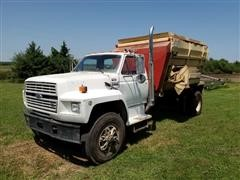 1990 Ford F800 Feed Truck