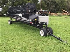 Gleaner 800 Flex Head w/ Wemhoff Header Trailer