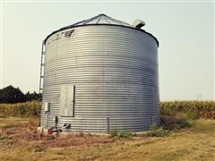 Chief 10,000 Bushel Capacity Grain Bin W/Drying Floor