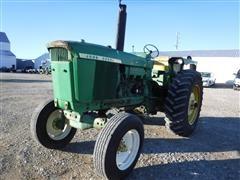 1971 John Deere 4620 2WD Tractor