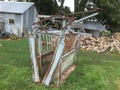 Cattle Squeeze Chute