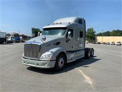 2013 Peterbilt 587 T/A Double Bunk Sleeper Truck Tractor