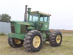 1972 John Deere 7520 4WD Tractor