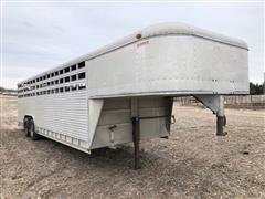 1988 Sooner Aluminum T/A Gooseneck Livestock Trailer