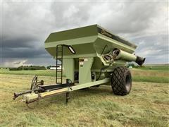 2002 Orthman 996 Grain Cart