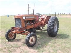 Allis-Chalmers D-17 2WD Tractor