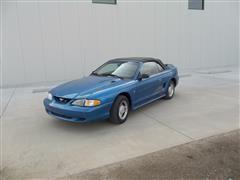 1995 Ford Mustang Convertible Car