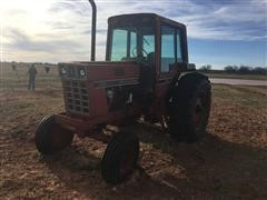 1977 Case IH 1086 2WD Tractor