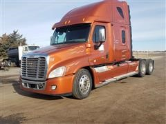 2010 Freightliner Cascadia T/A Truck Tractor