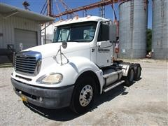 2004 Freightliner CL120 T/A Day Cab Truck Tractor