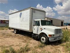 1999 International 4700 LoPro Van Box Truck