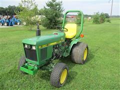 1987 John Deere 650 MFWD Compact Tractor