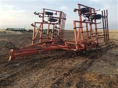 Sunflower 5431 30' Field Cultivator