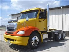 2006 Freightliner Columbia 112 T/A Truck Tractor